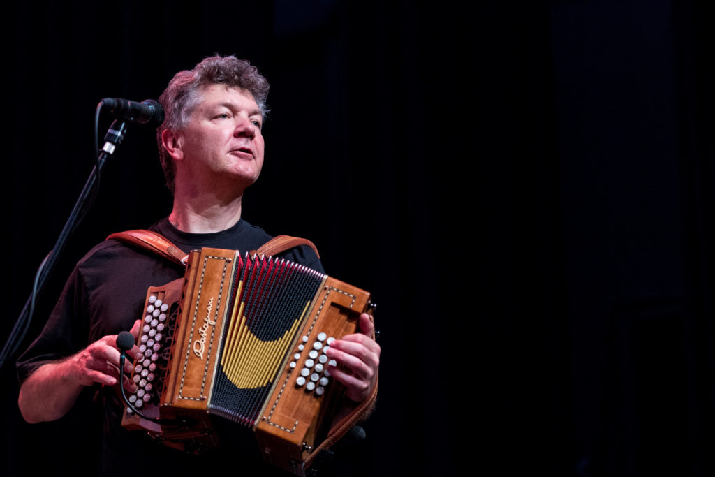 Autour de la Harpe Celtique 2015 - Loch Leman Ceilidh Band